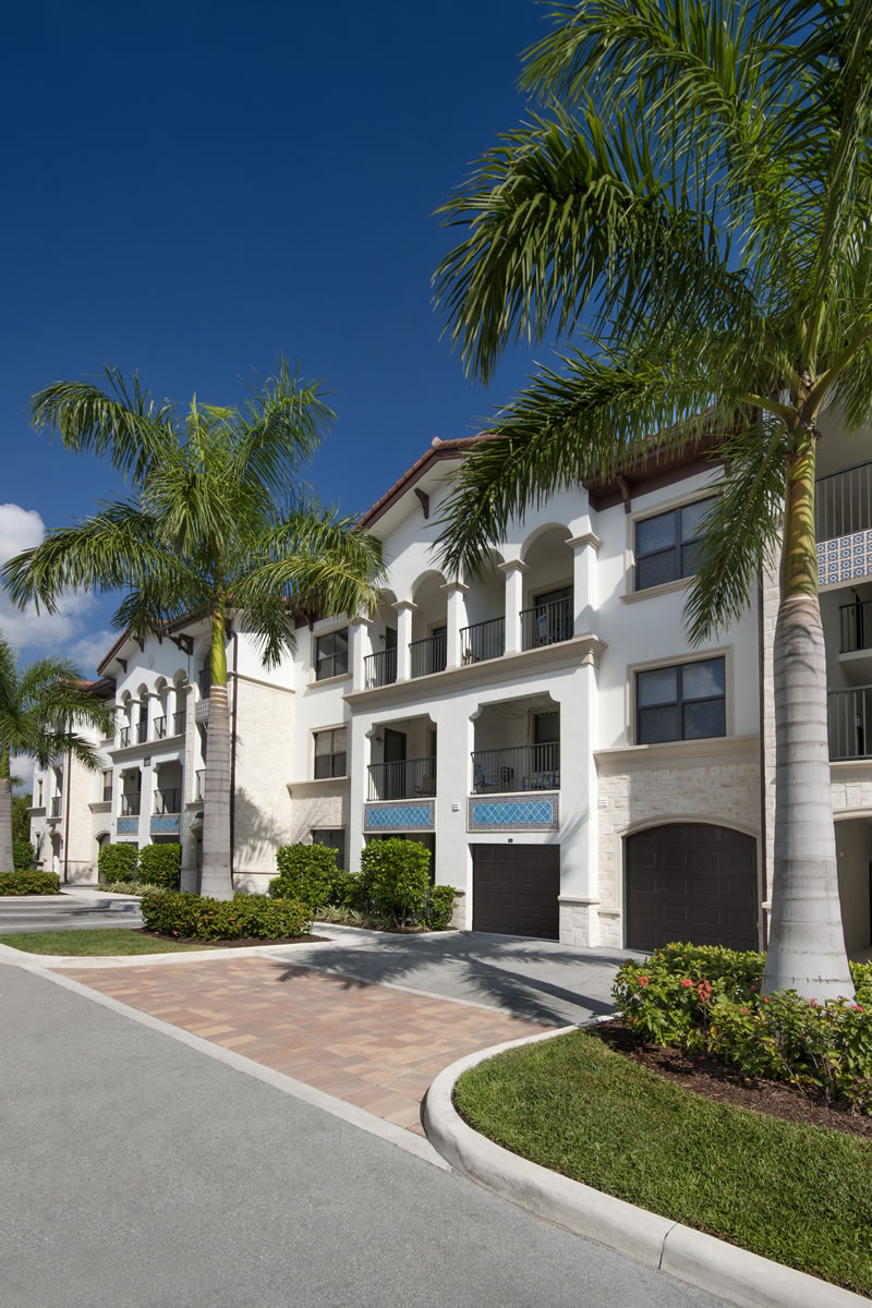 Miramar Park Apartments In Located The Heart Of Florida Welcomes You Home From Moment Walk Through Front Door